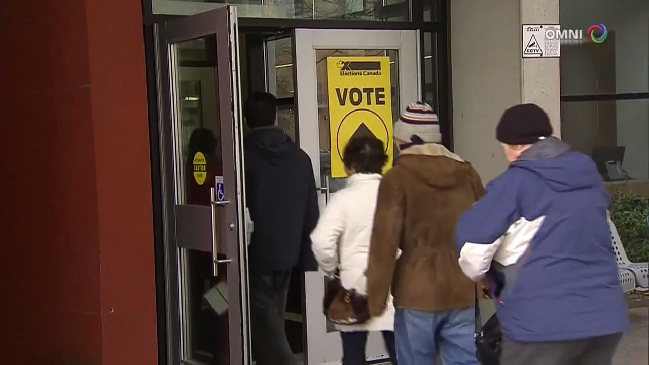 联邦 4 个选区进行国会议员补选投票 – Dec 11, 2017 (ON)