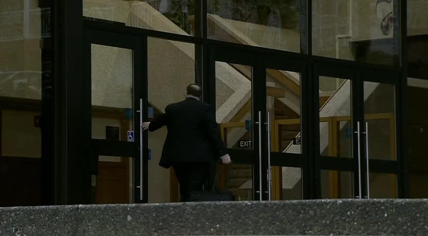 Abbotsford警员被杀一案交由新西敏省级法院审理-JAN 16, 2018 (BC)